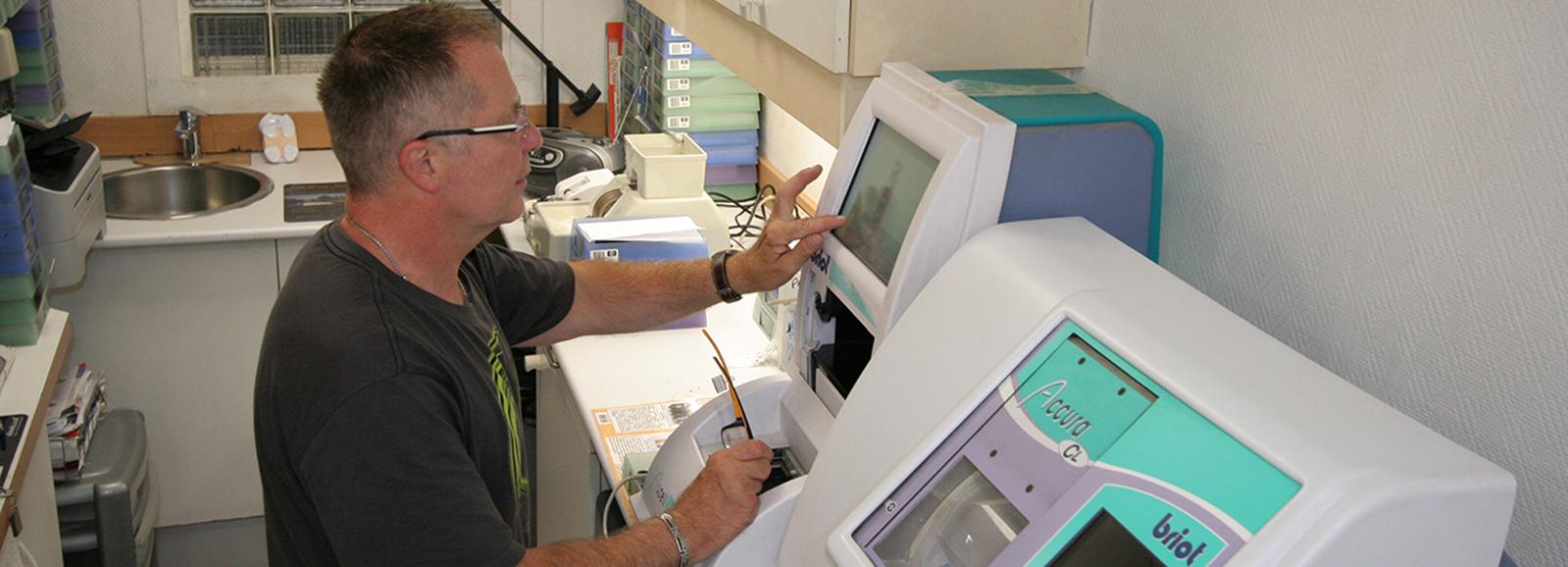 magasin confort optique Pascal Guif machine